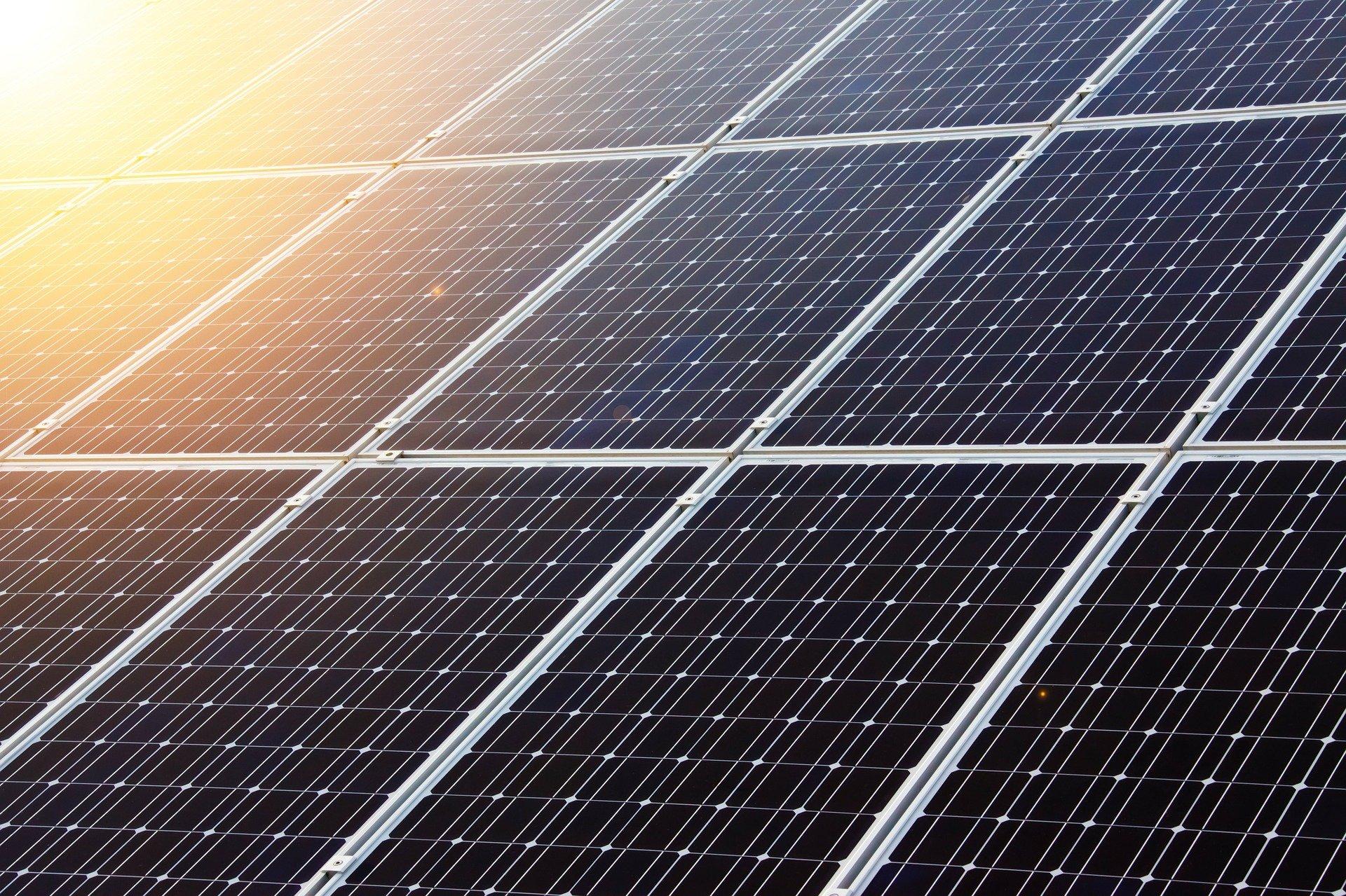 Solarausbau auf kreiseigenen Flächen voranbringen